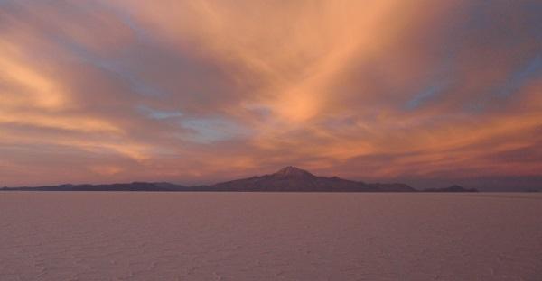 de zoutvlakte van Uyuni